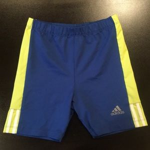 Adidas girl shorts 15$